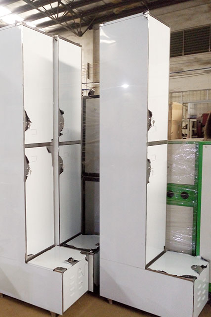 China Customized Sheet Metal Fabrication 304SS Stainless Steel Locker from Foxtonn