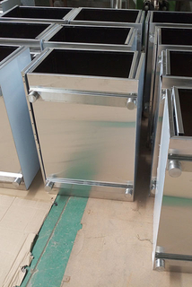 China Sheet Metal Fabrication 304SS brushed Locker for Office Equipment